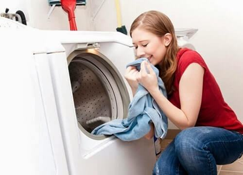 Giặt rèm vải