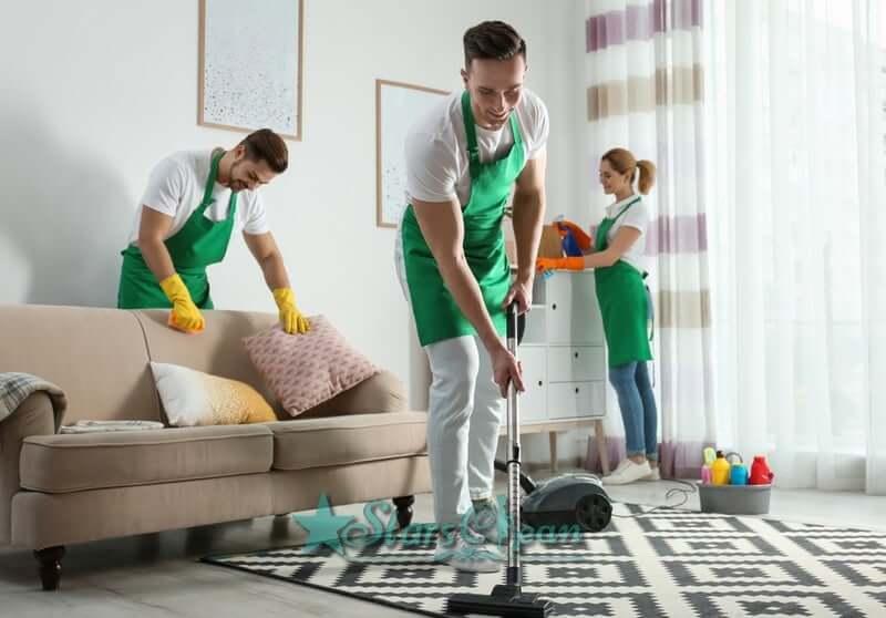Hướng dẫn Cách tẩy vết nước chè trên sàn nhà