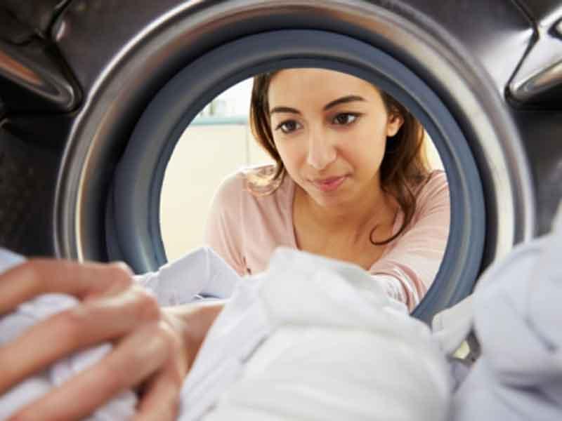 Máy giặt sẽ giúp bạn thực hiện một cách nhanh chóng và nhẹ nhàng