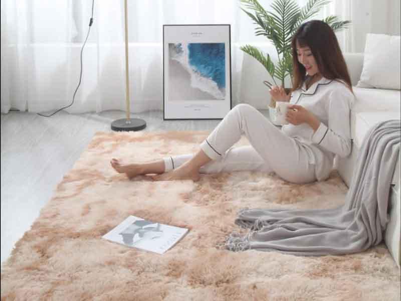 Hướng dẫn cách giặt thảm lông tại nhà
