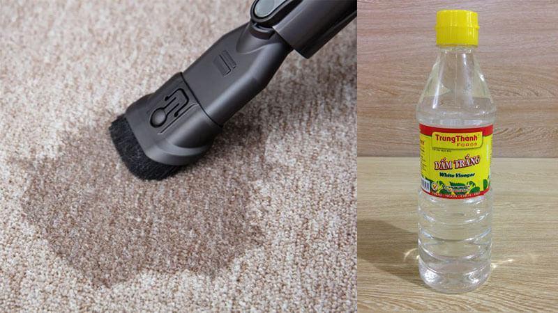 Vệ sinh thảm lót sàn bằng giấm trắng